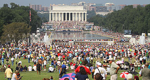 300px-Lincoln_Memorial_Reflecting_Pool_Restoring_Honor_Crowd